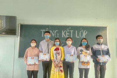 Trường THPT Đắk Glong tổng kết năm học 2020-2021