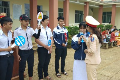 Tuyên truyền An toàn giao thông tại trường THPT Đăk Glong (xã Quảng Khê, huyện Đăk Glong, tỉnh Đăk Nông)